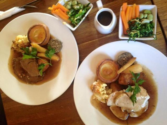 Come on join us for Sunday roast today !!